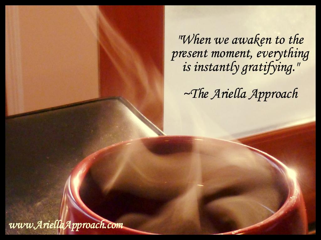 Present moment Ariella Approach